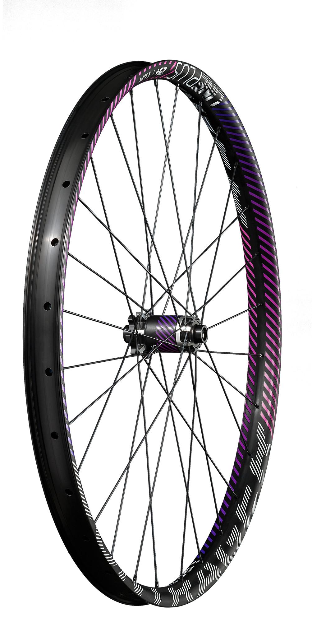 Bontrager Line Plus Tlr 29 Mtb Wheel Trek Bikes Gb