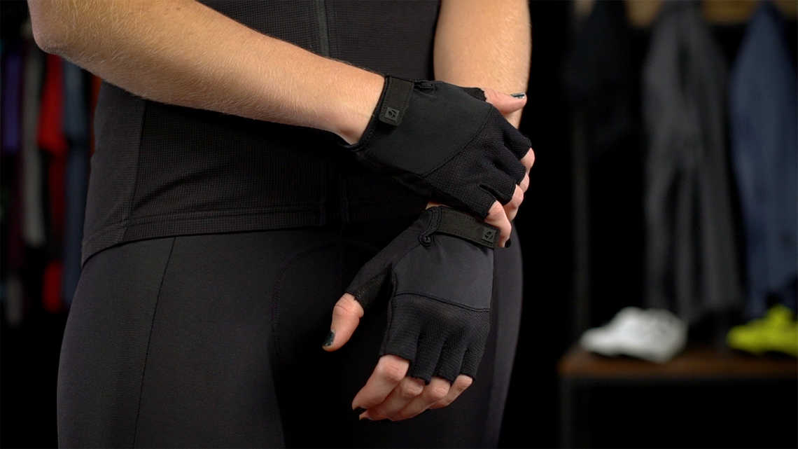 Solstice Women's Glove Product Overview