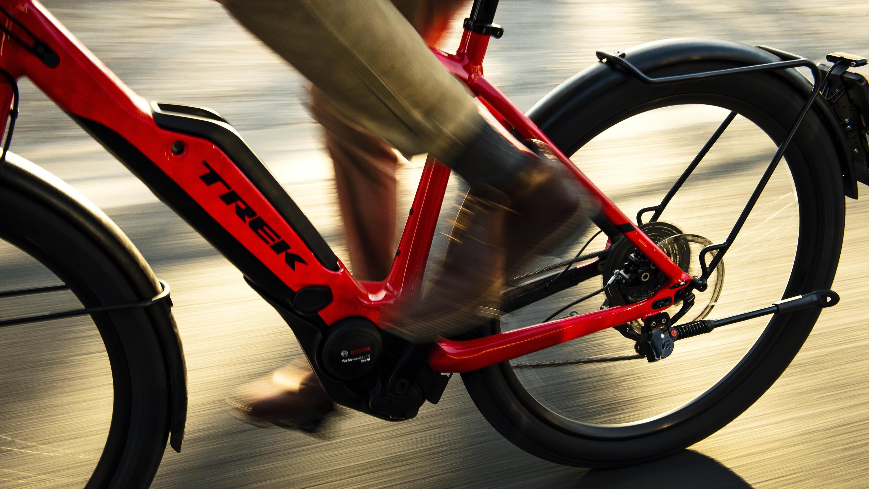 Lichte Elektrische Fiets : Elektrische fietsen trek bikes be