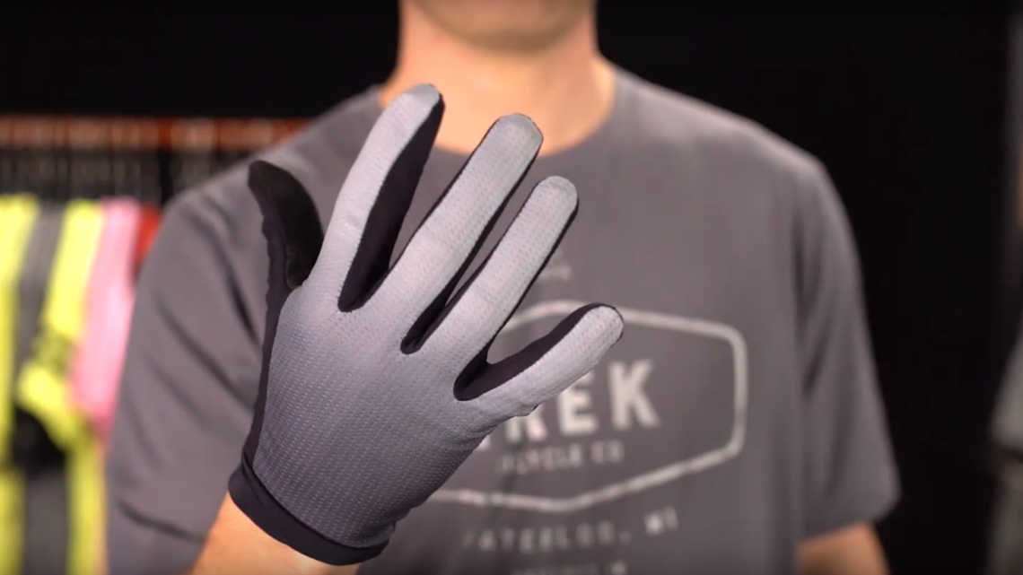 Evoke Mountain Glove Product Overview