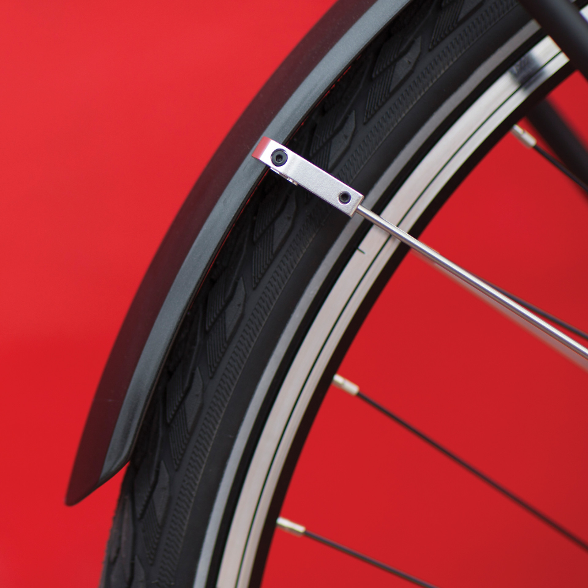 Smooth-running anti-flat tires