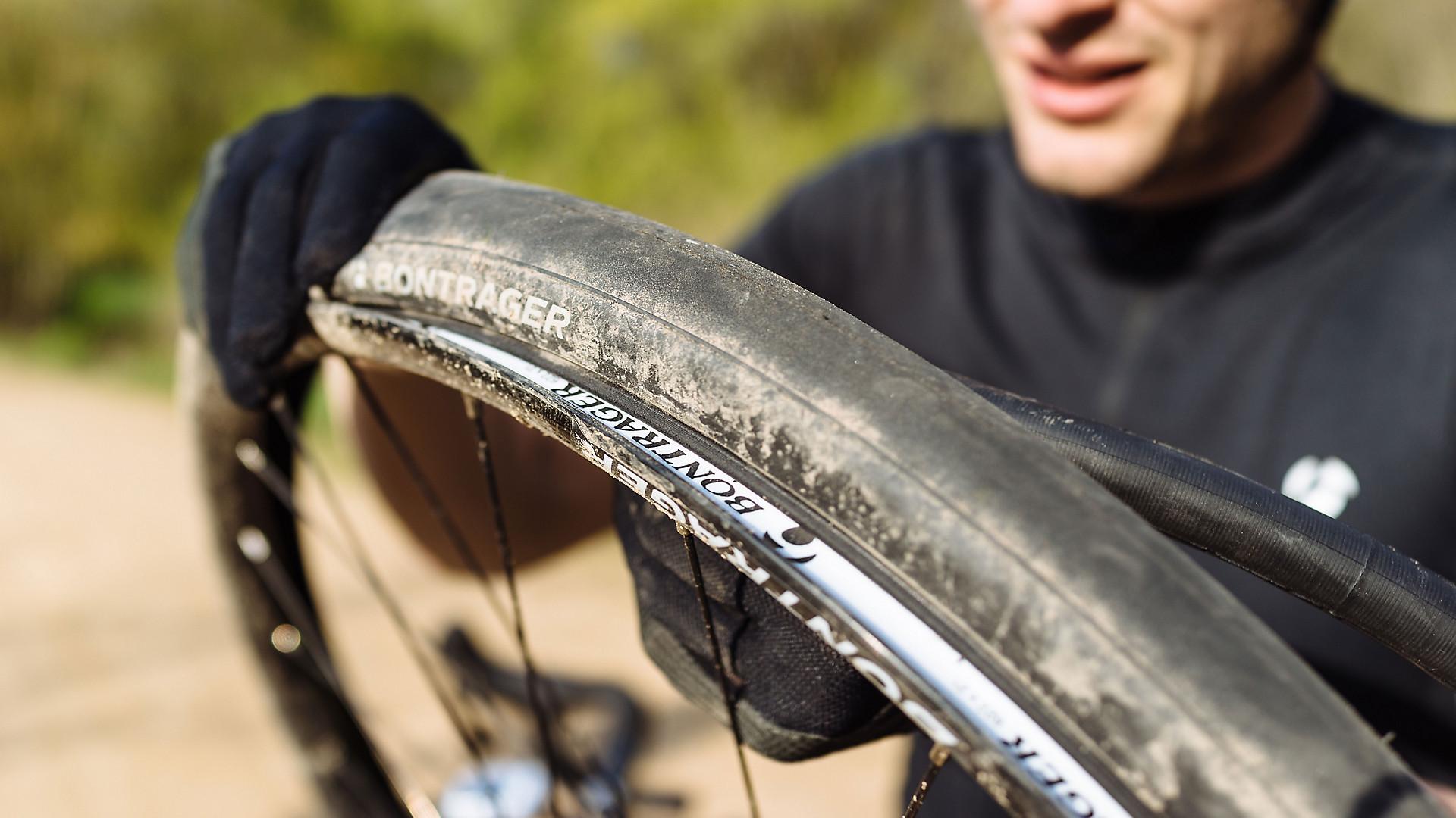 b6045b70ef8 How to fix a flat bike tire | Trek Bikes