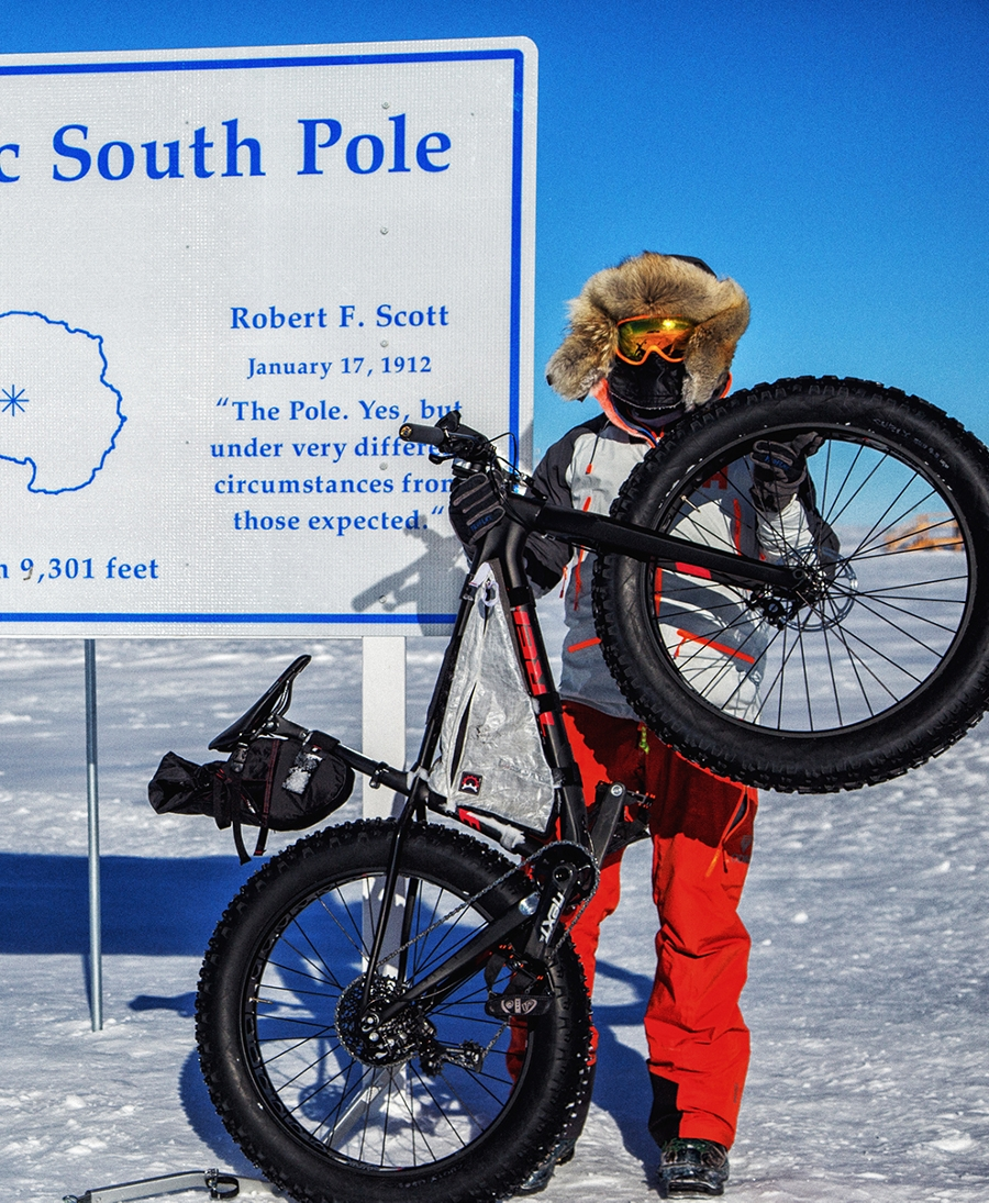 TK16_South_Pole_9x11s-5?wid=900&hei=1100
