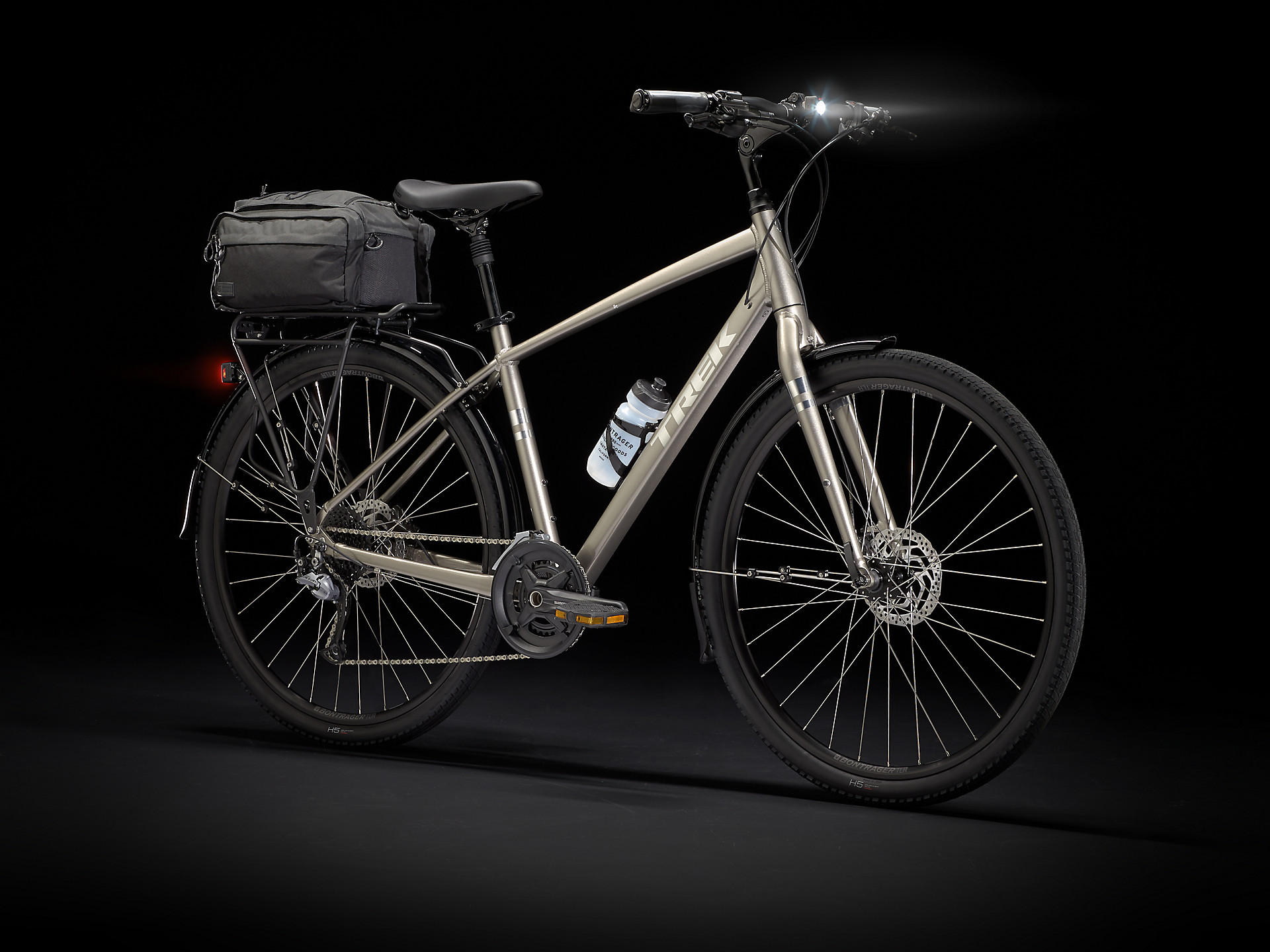 Trek Verve 2021 fully equipped bicycle